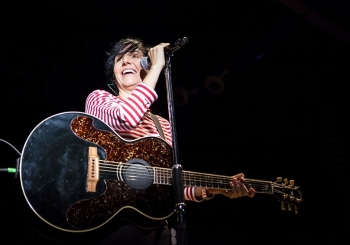 sharleen spiteri singing